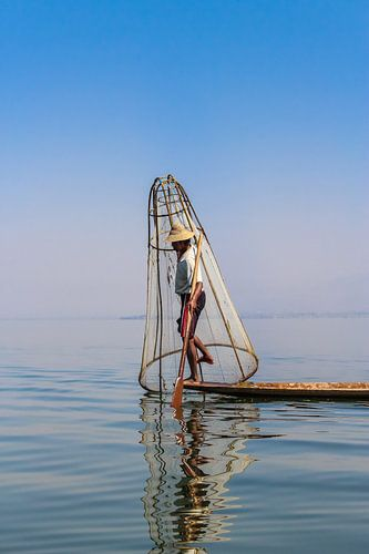 Birmaanse Visser op het Inle meer I
