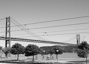 Ponte 25, Lissabon van