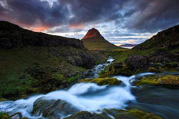 Kirkjufell, IJsland von Sven Broeckx