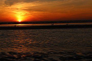 Zandvoort zonsondergang von Veli Aydin
