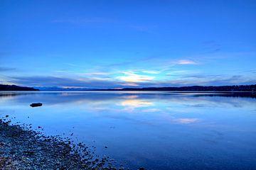 Coucher de soleil sur le lac Starnberg sur Roith Fotografie