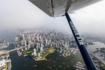 Downtown Vancouver vanuit de lucht van Daan van der Heijden