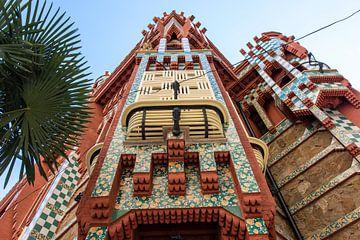 Facade van Casa Vicens, van architect Gaudi in Barcelona, Spanje van WorldWidePhotoWeb