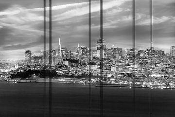 SAN FRANCISCO skyline in de avond | Monochroom van Melanie Viola