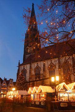 Weihnachtsmarkt bei der Lambertikirche