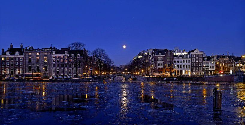 Blauw Amsterdam van Frank de Ridder