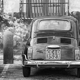 Fiat 500 in Italië. van Ron van der Stappen