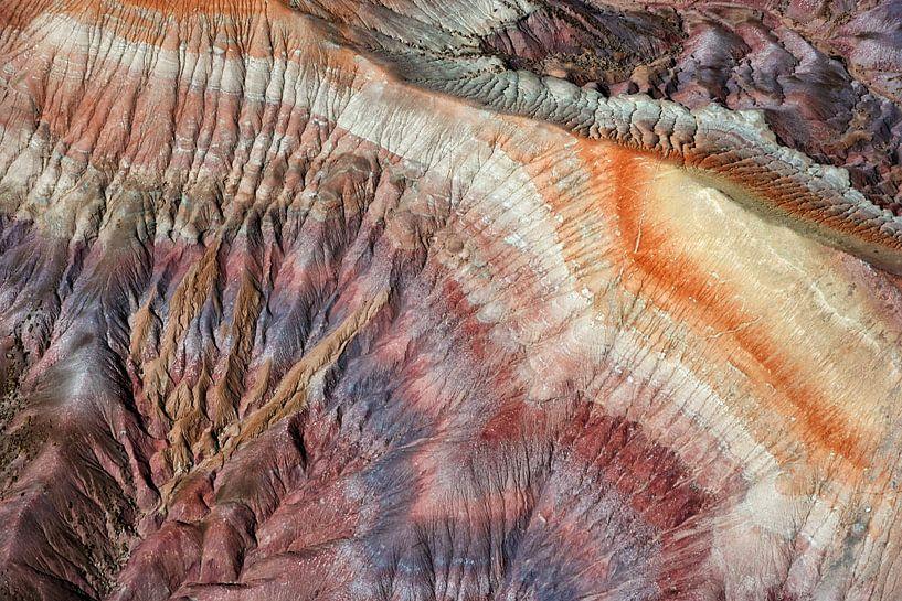 Kleurrijke Badlands in de Painted Desert, Arizona, USA van Marco van Middelkoop