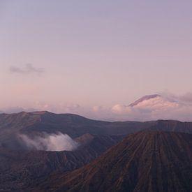 Indonesische Vulkane: Mount Bromo & Semeru von Thijs van den Broek