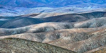 Woestijnlandschap op Fuerteventura, Canarische Eilanden, Spanje van