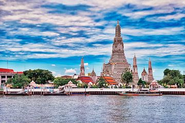 Le temple de l'aube à Bangkok sur Bernd Hartner