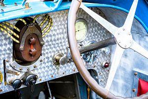 Bugatti Type 35 vintage race wagen dashboard