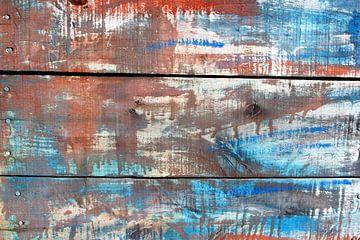Abstract figuren en kleuren op verweerd hout / tweeluik 2 van Inge Hogenbijl