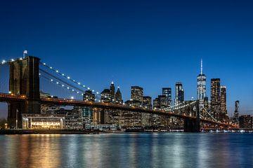 NY Brooklyn Bridge at night (color)