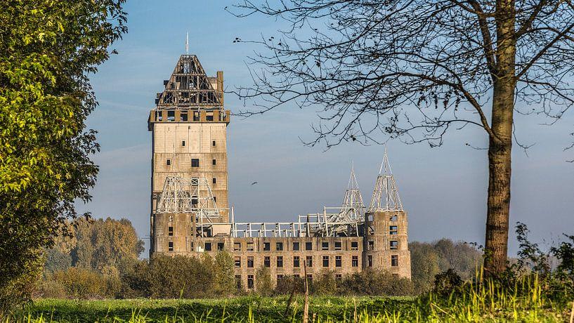 kasteel almere #1 van michiel leegerstee op canvas, behang en meer
