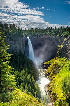 The majestic Helmcken falls van Eelke Brandsma