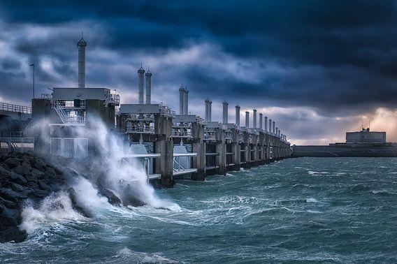 Storm bij Neeltje Jans