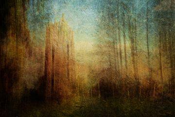Toren bij avondlicht van Marijke van Loon