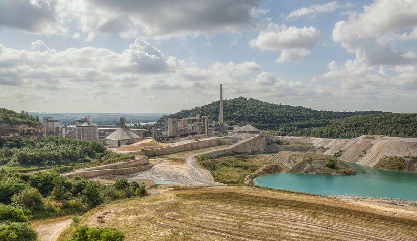 ENCI-groeve in Maastricht van John Kreukniet