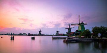 Zaanse Schans Windmolens Panorama (smal) van Matthijs Veltmeijer