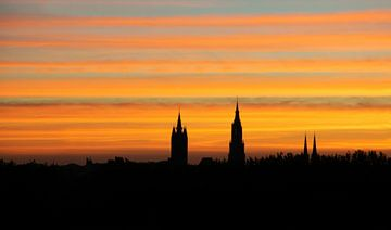 Zonsopgang boven Delft van