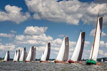 Départ d'une course de skûtsjesilen sur le Sneekermeer sur ThomasVaer Tom Coehoorn