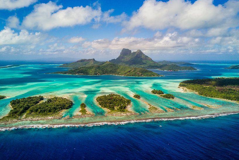 Luchtfoto Bora Bora van Ralf van de Veerdonk