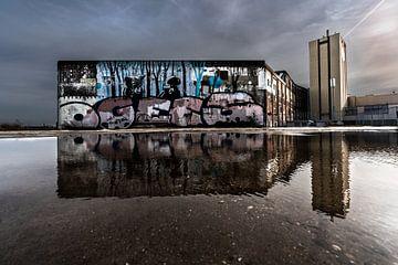 Stadtlandschaft mit Reflexion von Bert-Jan de Wagenaar