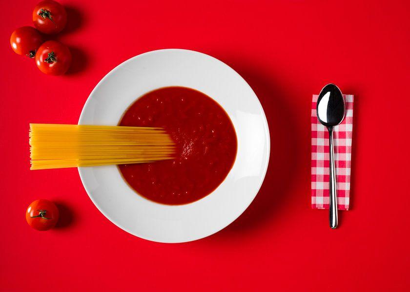 Tomaten en pasta. van Hennnie Keeris