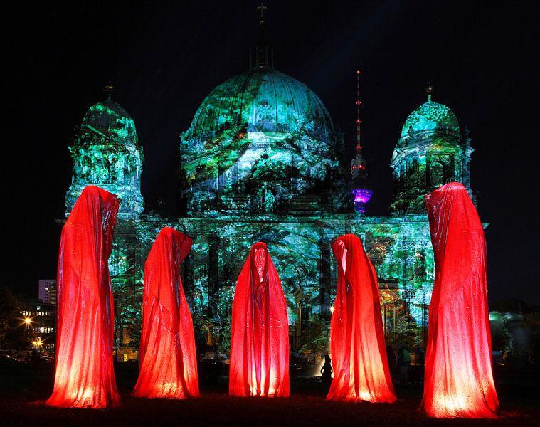 Vijf beelden voor de Berlijnse Dom van Frank Herrmann