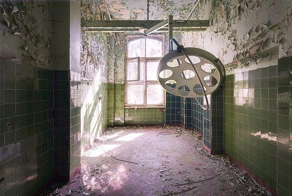 Operatiekamer in Pools Ziekenhuis. van Roman Robroek