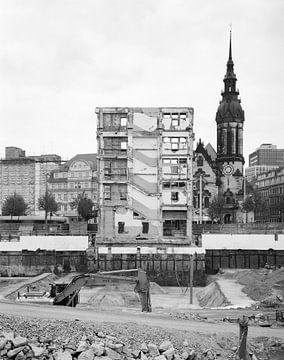 Bouwwerf van Höfe am Brühl in het stadscentrum van Leipzig van Michael Moser
