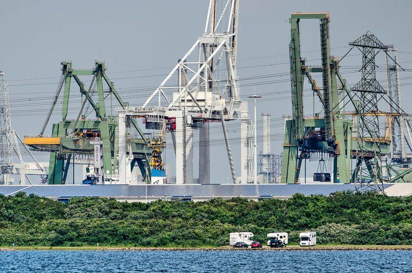 Europoort en het Oostvoornse Meer van Frans Blok