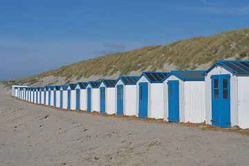 Eine Reihe von holländischen Strandhütten von Geert van Kuyck