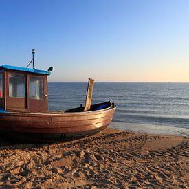 Vissersboot op zee van Frank Herrmann