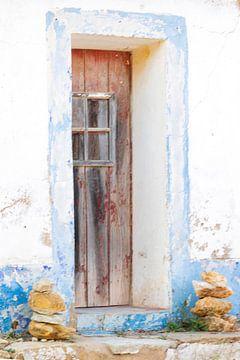 Portugese deur van Clazien Boot