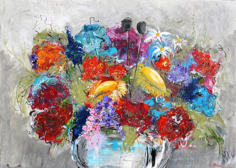 Vaas met Bloemen van Kunstenares Mir Mirthe Kolkman van der Klip