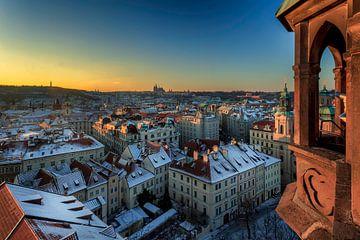 Uitkijktoren op het kasteel van Praag sur Roy Poots