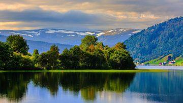 Oppheimsvatnet, Oppheim, Hordaland, Norwegen