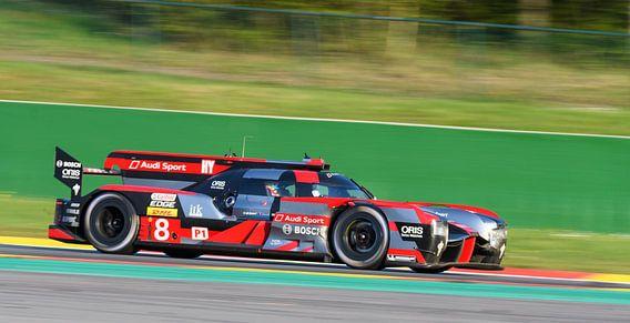 Audi R18 e-tron quattro Le Mans Prototype race car