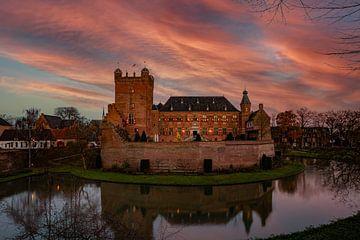 Romantische zonsondergang bij Kasteel Huis Bergh van Marco Scheurink