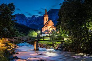 Kirche blaue Stunde, Alpen Deutschland von Bob Slagter