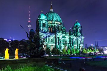 De Berlijnse Dom in een bijzonder licht