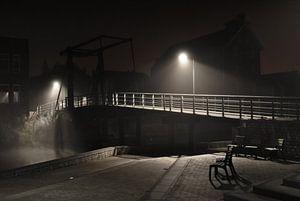 Foggy Bridge van Gert Tijink