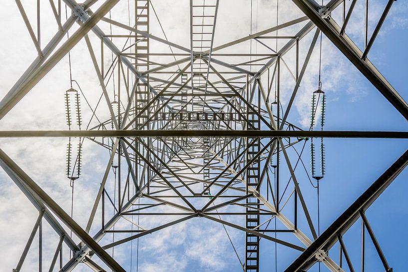 Lijnenspel in de elektra van Danny de Jong