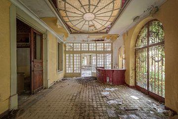 verlassene Eingangshalle von Kristof Ven