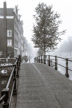 Mist in Amsterdam von Wesley Flaman