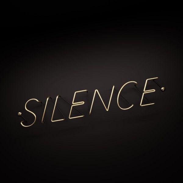 Silence is Golden van Jörg Hausmann