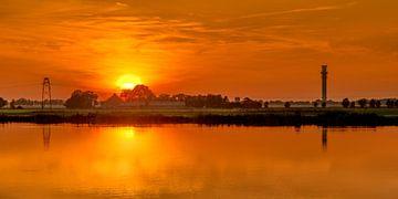 Spannenburger zonsondergang von Harrie Muis