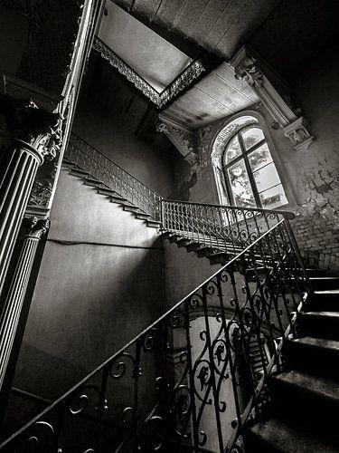 Traphal in een oude villa van
